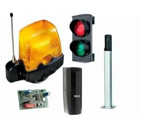 Аксессуары и устройства безопасности