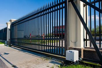 Комплектующие для откатных ворот с автоматикой