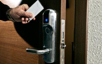 электронные гостиничные замки